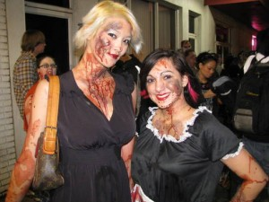 sexy hot zombie girls at zombie walk