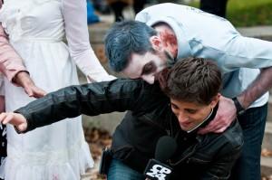 zombie-walks-2011-zombie-feeding