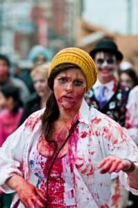 zombie-walks-2011-zombie-girl-13