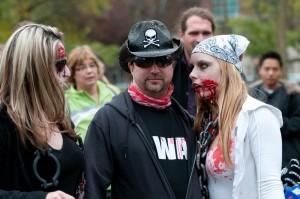 zombie-walks-2011-zombie-girl-2