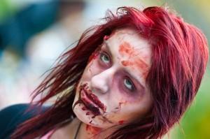 zombie-walks-2011-zombie-girl-4