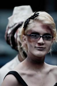 zombie-walks-2011-zombie-girl-9