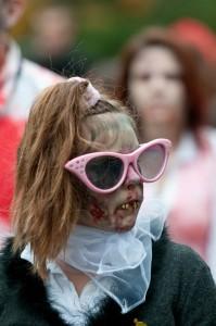 zombie-walks-2011-zombie-nerd-dork