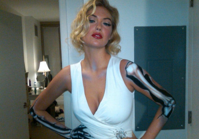 Marilyn Monroe Zombie | Kate Upton playing Marilyn Monroe