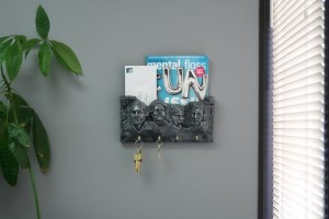 Zombie Mount Rushmore Letter and Key Holder Pic 2