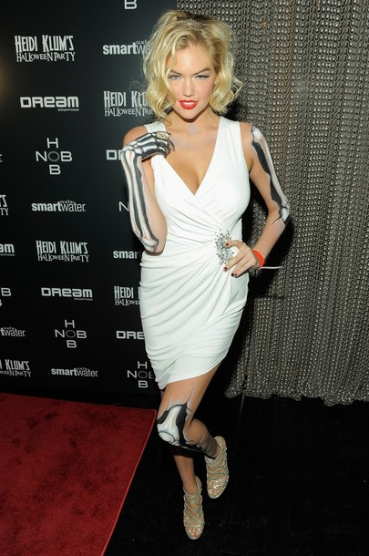 Sexy Kate Upton at Halloween Party as Marilyn Monroe Zombie